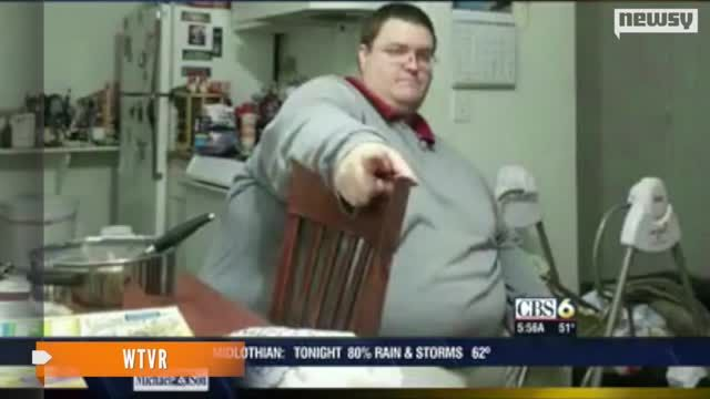 News video: Man Loses 400 Pounds After Meeting Friend On App